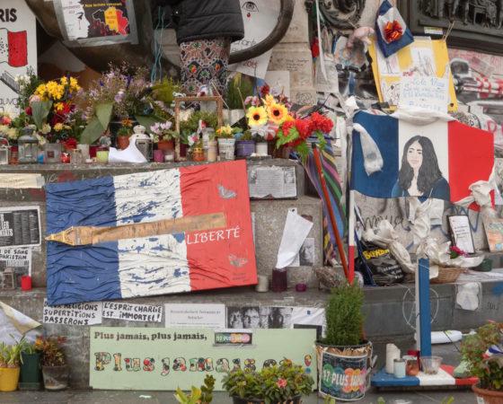 Les conséquences psychologiques des attentats de Paris et des autres évènements NRBCe