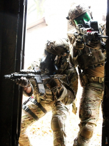 Tenue de combat NRBC - Forces speciales
