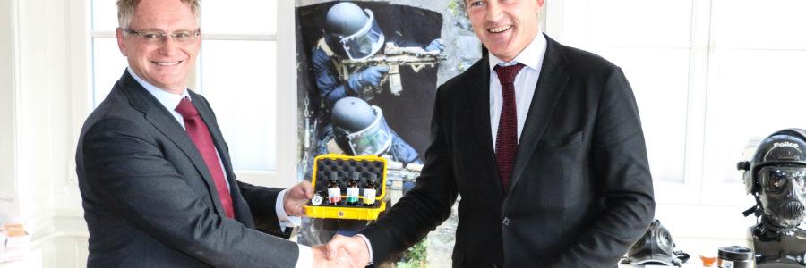 Ouvry rachète le brevet de SIM KIT® au Néerlandais Hotzone Solutions Group