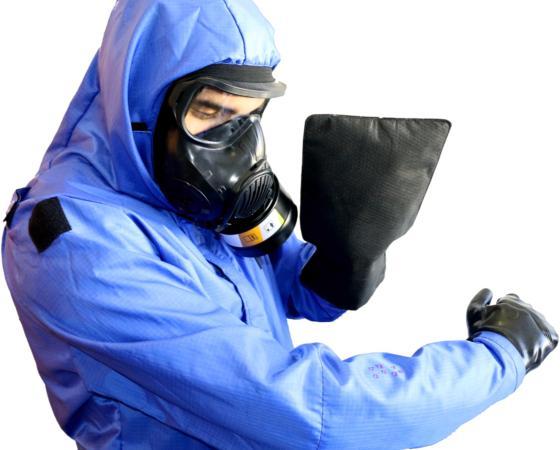 Le gant Decpol® testé au laboratoire sur des agents chimiques réels