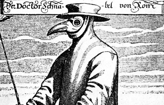 The history of medical masks: why did we switch from reusable to disposable masks? Was it the right choice?