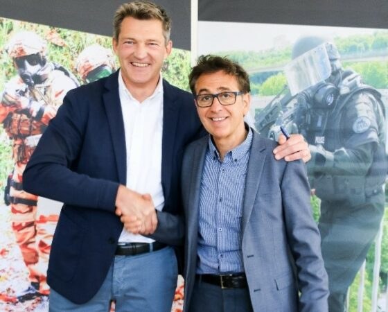 Ouvry takes over the company Sulitec and complete its CBRNe individual protection offer with high temperature thermal protection and insulation